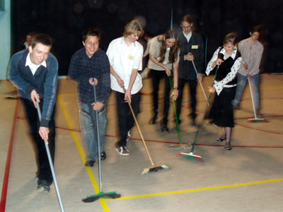 zaba-2006-07-final-pomocnicy-3